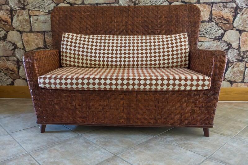 диван з ротангу